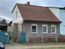 Doppelhaushälfte mit Stallgebäude in Bittkau