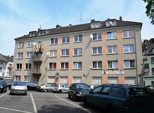 Vermietetes Wohn-/Geschäftshaus mit 19 WE + 1 GE verteilt auf 3 Eingänge * 9 Garagen + 3 Stellpl.