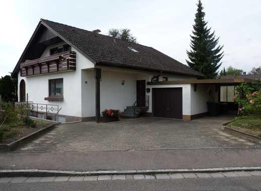 Schönes freistehendes Einfamilienhaus in ruhiger Lage von Neuenburg