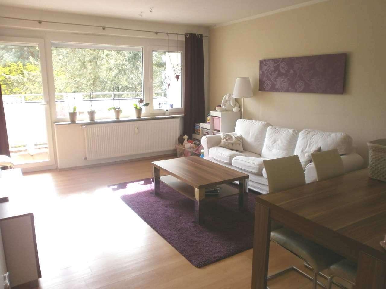 Sehr schön renovierte 3-Zimmer-Wohnung mit Balkon - 5.OG in