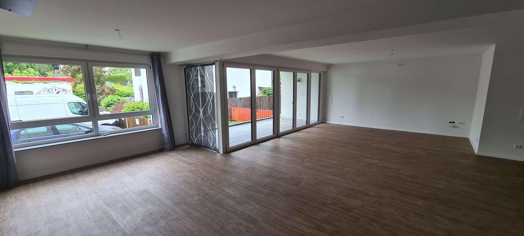 Schöne neuwertige 3-Zimmerwohnung in ruhiger Lage in