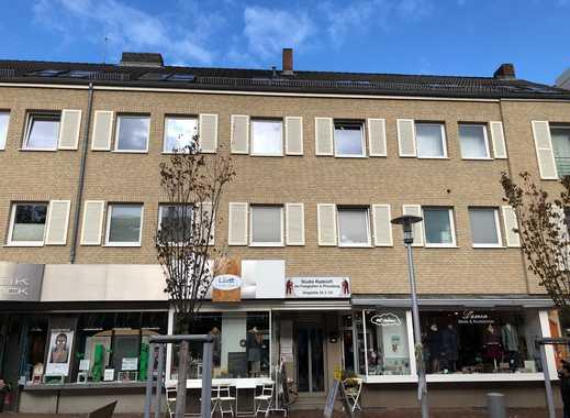 Büro- oder Praxisfläche mitten in der Pinneberger Innenstadt im 2. OG