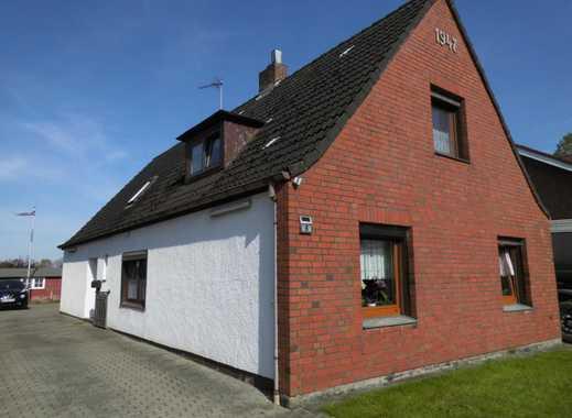 nicht vermietet, Wohnhaus in Hassendorf, Teilkeller, 3 Garagen, Carport, Gartenhaus, kurzfrist