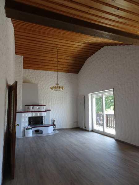 Attraktive, großzügige 140 m² Wohnung mit Balkon und Garten in Mainburg in Mainburg