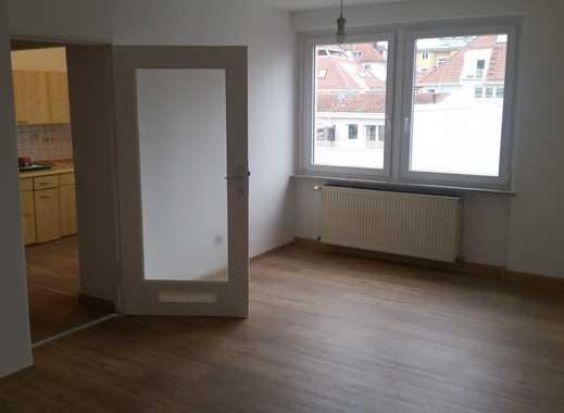 Helle renovierte 3-Zimmer-Wohnung mit EBK in zentraler Lage in der vorderen Sanderau