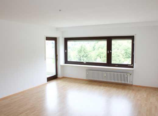 Modernisierte 3,5-Zimmer-Wohnung mit Balkon und EBK in Heidelberg