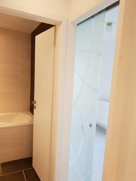 Vollständig renovierte Erdgeschosswohnung mit zwei Zimmern und Einbauküche in Bad Steben in Bad Steben