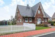 Neuwertiges Traumhaus mit sonnigem Garten