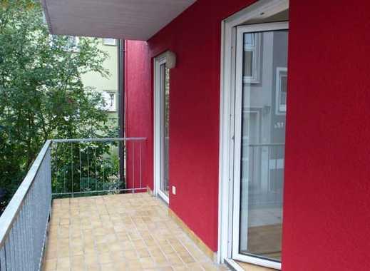 Moderne Wohnung mit Balkon - zentral in Kleinrinderfeld gegelegen