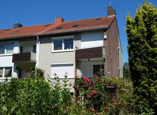 top saniertes 3-Familienhaus mit wunderschönem Garten und 2 Stellplätzen in Kirchhuchting
