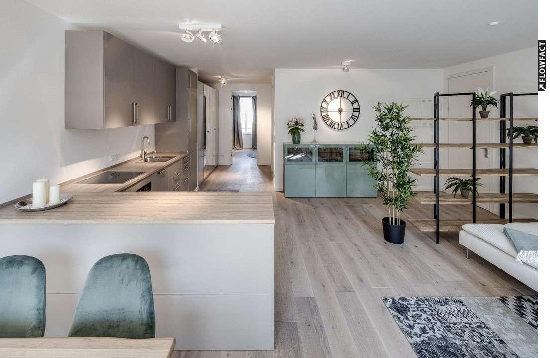 Wunderschöne möblierter 2-Zimmer Whg. mit offener Wohnküche und Balkon in ruhiger Lage