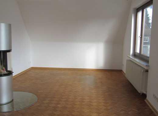 3-Zi-Wohnung Einbauküche/Kamin/Neue Fenster