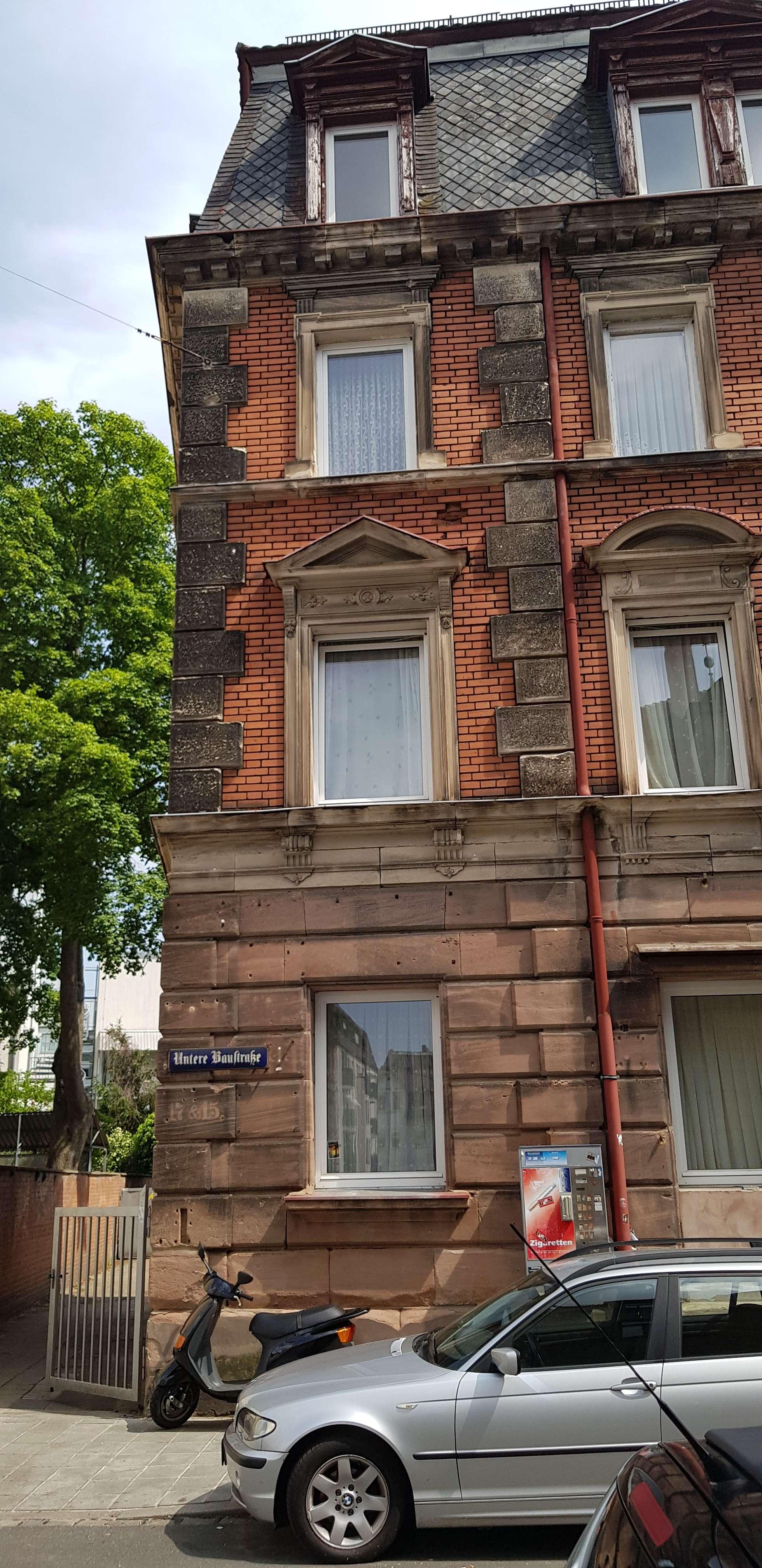 Exklusive Wohnung (WG geeignet) in Top-Lage 70 qm, neu renoviert, modernes Bad und Wohnküche