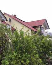 Schöne helle DG-Wohnung mit Balkon