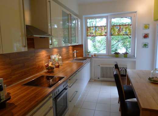 Attraktive, großzügige 2-Zimmerwohnung in Derendorf, Altbau von 1937 mit höheren Decken von privat.