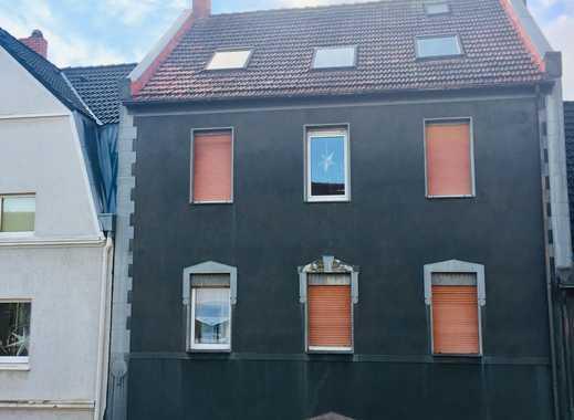 Großzügige, vollständig renovierte DG-Wohnung in Gelsenkirchen-Buer in attraktiver/ruhiger Lage