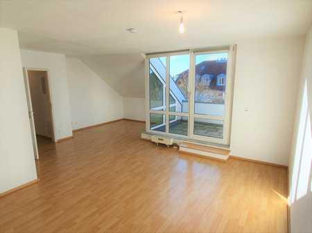 Brück Immobilien - *Vermietung* Attraktive 2-Zi.-Dachterrassenwohnung in Putzbrunn
