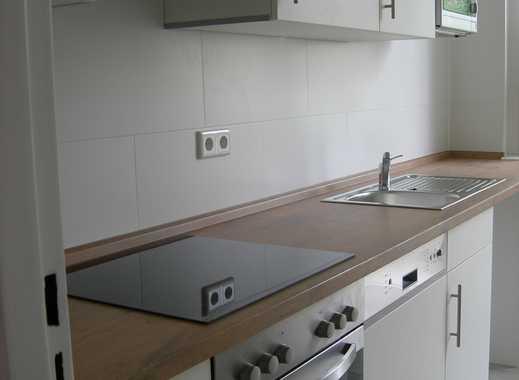 PROVISIONSFREI; sonnige, solide 2-Zimmer-Wohnung; zentral und ruhig