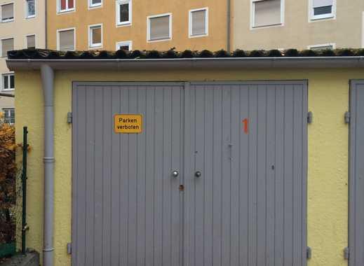 Einzelgarage geräumig, renoviert mit Licht u. Strom in Nürnberg Nord