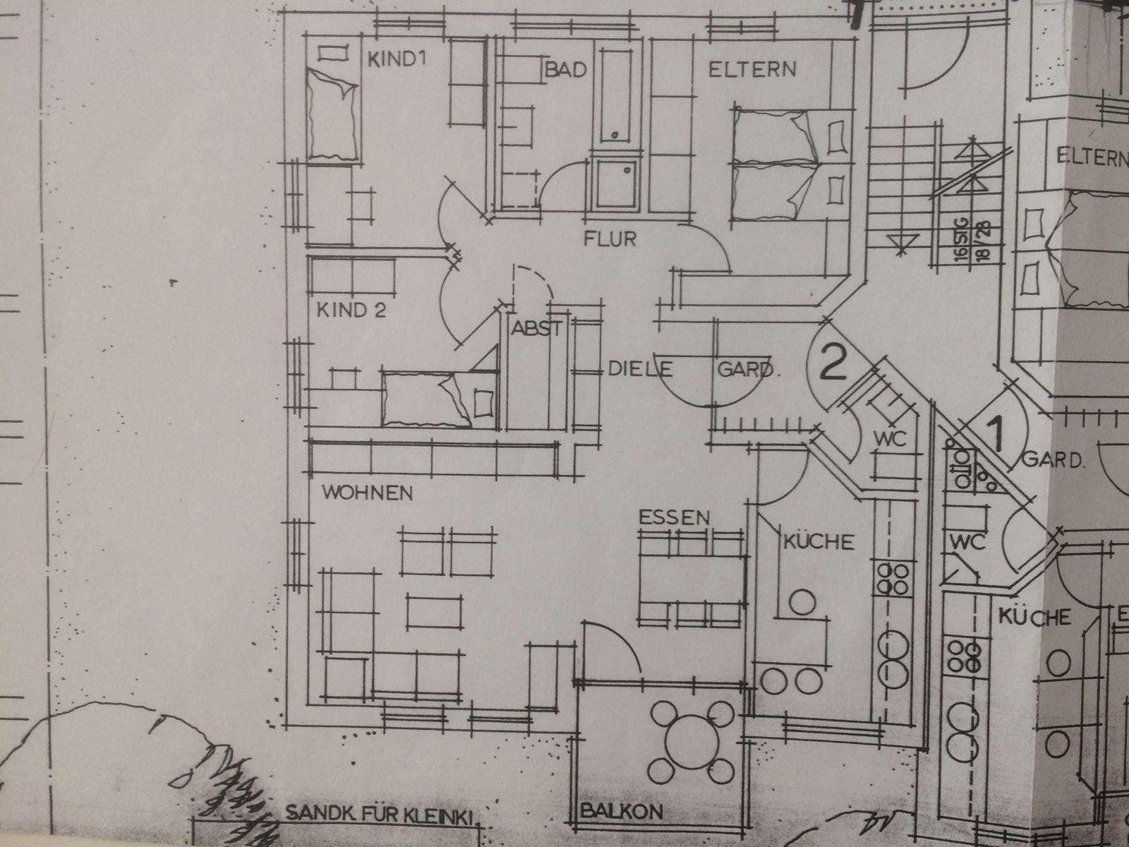 Großzügige 4-Zimmer-Wohnung, 100 m², mit Balkon und EBK, 1. Stock, in Hallstadt