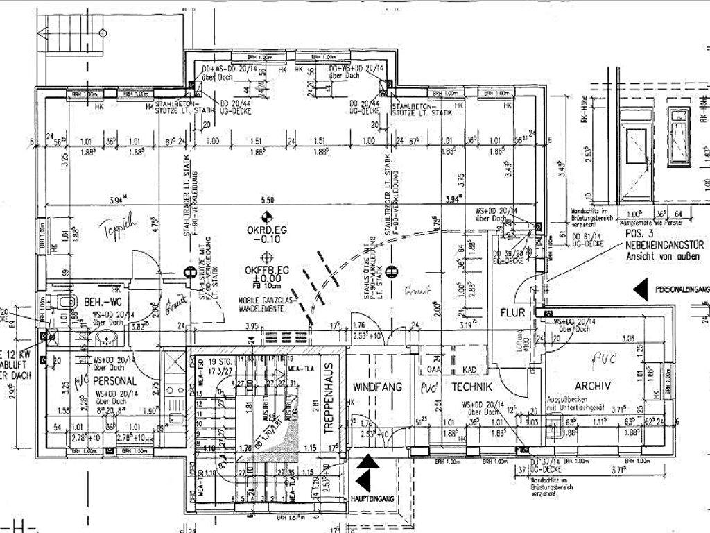 sch nes erdgeschoss mit haupt und nebeneingang als b ro praxis oder gesch ftsr ume einzugsbereit. Black Bedroom Furniture Sets. Home Design Ideas