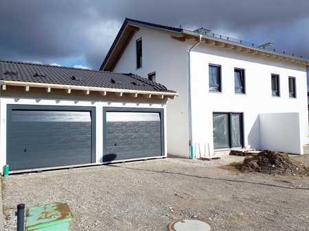 **Neubau - Wohnen wie in einer Doppelhaushälfte in Mühldorf am Inn