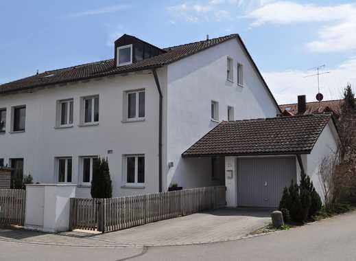 Ein Haus zum Wohlfühlen mit acht Zimmern, Pool und Sauna in München (Kreis), Brunnthal