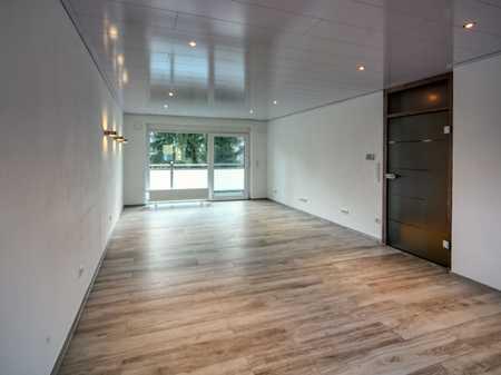 Einziehen und zu Hause sein - modern renovierte drei Zimmer-Wohnung in SC-Wolkersdorf zu vermieten in Wolkersdorf (Schwabach)