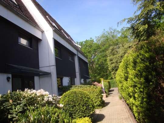 Erholung in guter Lage - Stadthaus mit Garten, Balkon und Dachterrasse in BS-Querum