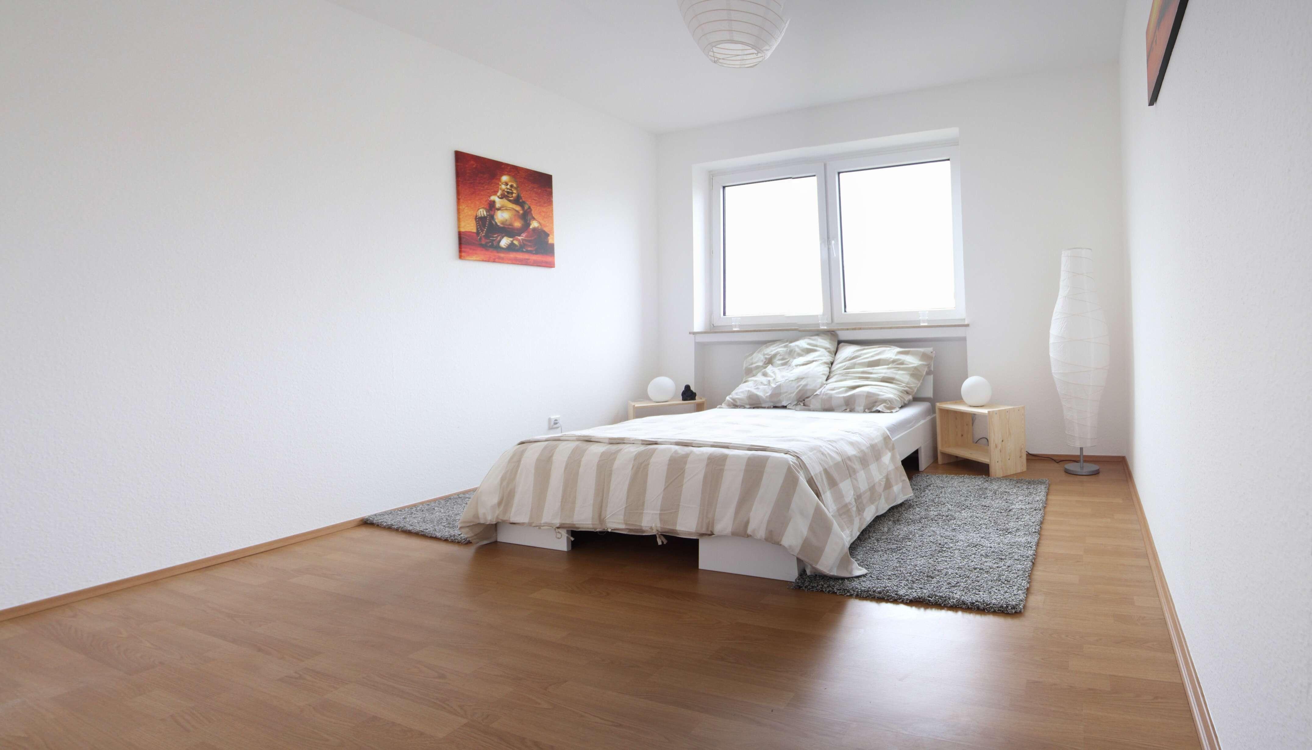 VORANKÜNDIGUNG: Renovierte 4-Zimmer Wohnung in Coburg - Wüstenahorn zu vermieten in Coburg-Zentrum (Coburg)