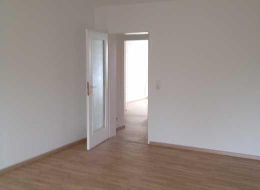 Sanierte 3-Zimmer-Wohnung mit Balkon in Erlangen