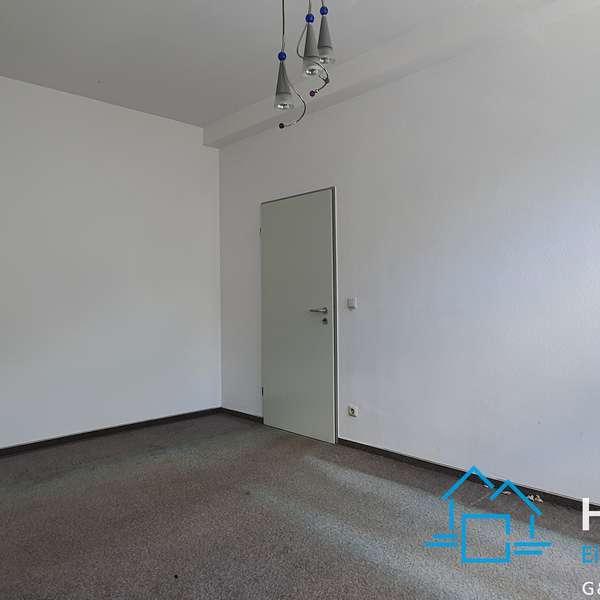 *** schöne, zentral gelegene 2-Zimmer-Wohnung im bevorzugten Jakobsviertel ***