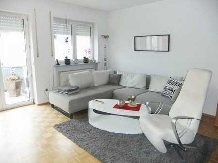 Nur Mailanfragen: Schöne ruhige 3-Zimmer-Wohnung mit Balkon in Kelheim