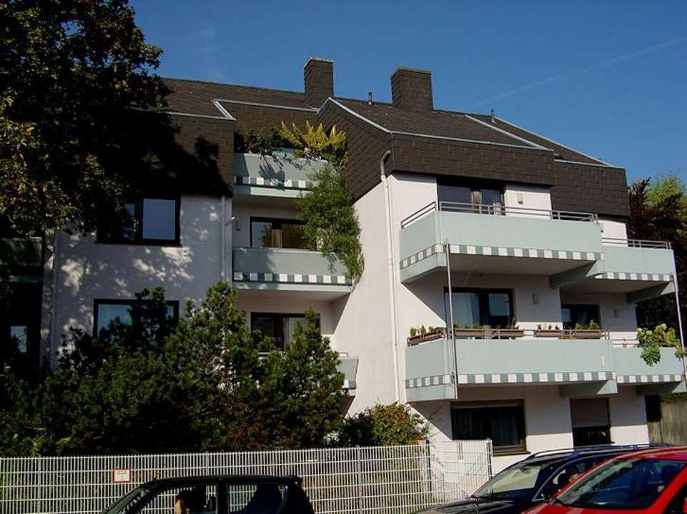 Gepflegtes 1-Zimmer-Apartment mit Singleküche und Balkon - Nähe Brose und Klinikum in Coburg-Zentrum (Coburg)