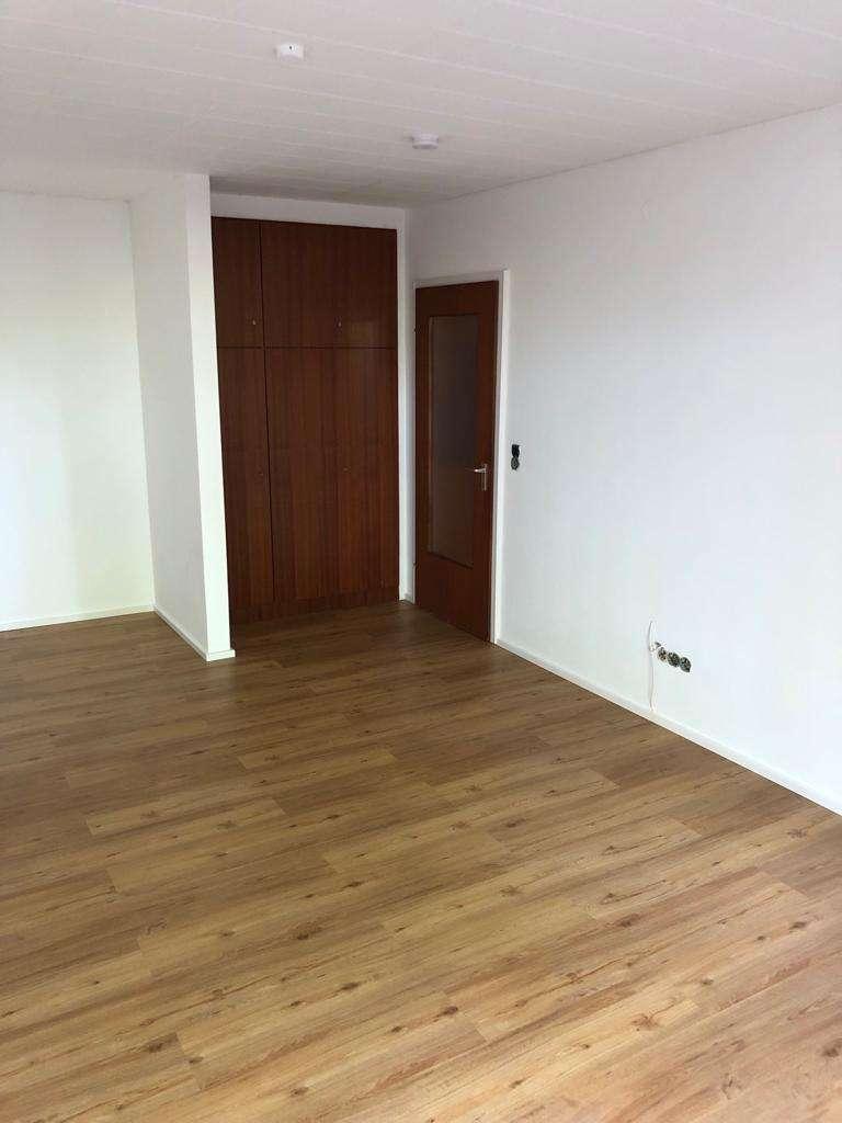 Sanierte 1-Zimmer-Wohnung mit Balkon und EBK im Domviertel Augsburgs in Augsburg-Innenstadt