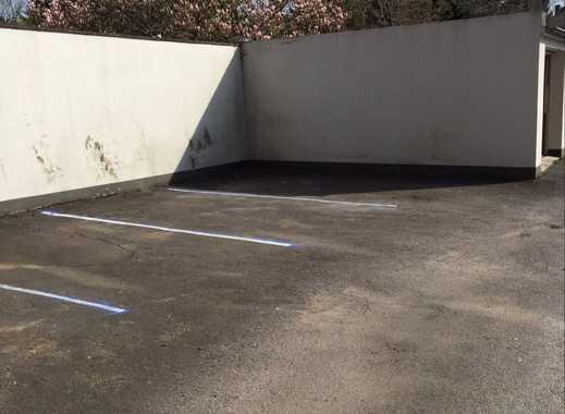 Von privat: Parkplätze in MG-Rheydt