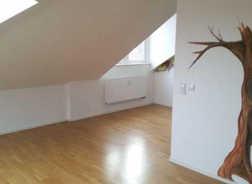 Wunderschöne 2,5-Zimmer-Dachgeschosswohnung in Leipzig