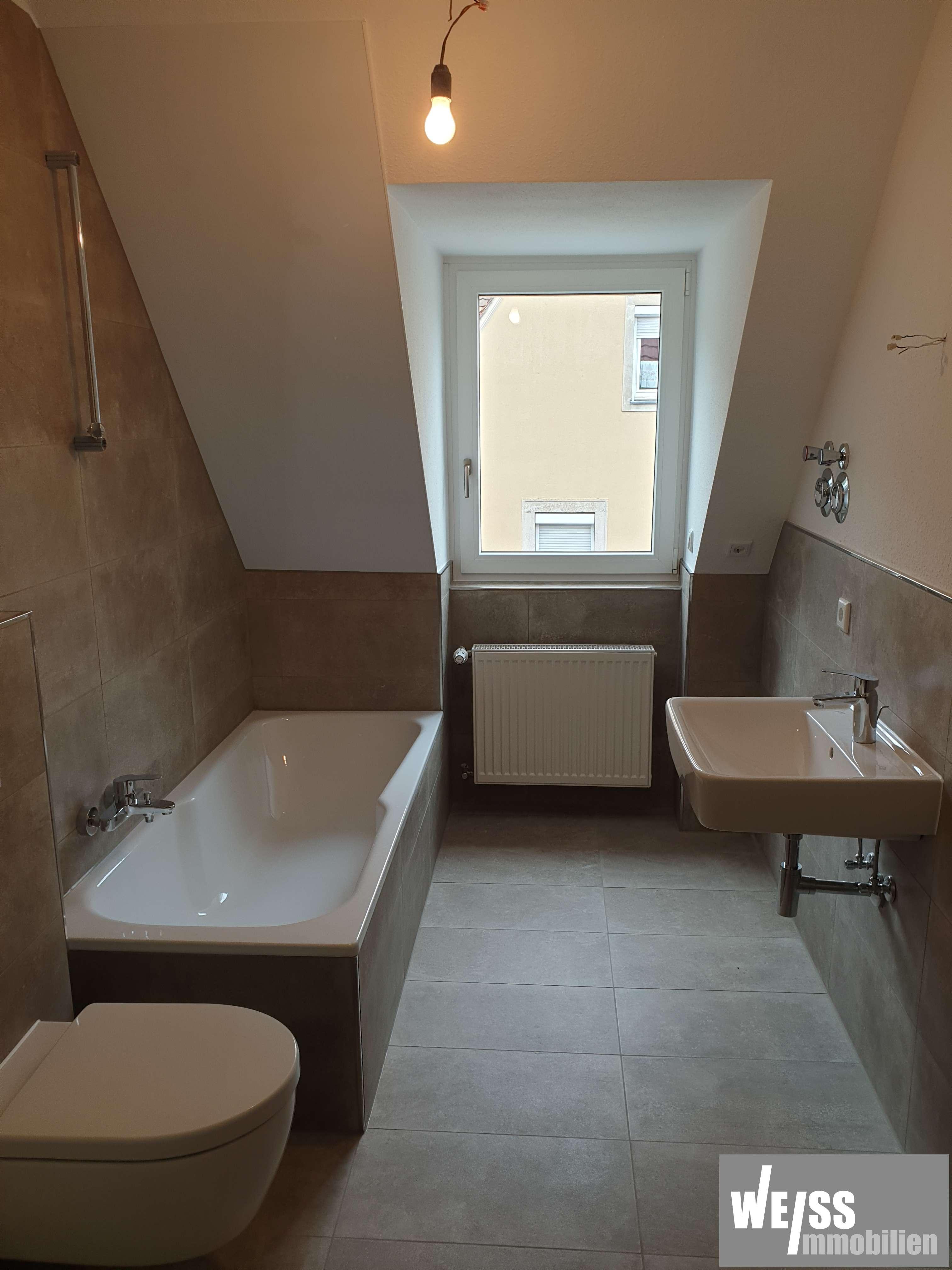 modernisierte stadtnahe 3 Zimmer DG-Wohnung