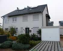 Sehr gepflegte Doppelhaushälfte auf Neubau-Niveau
