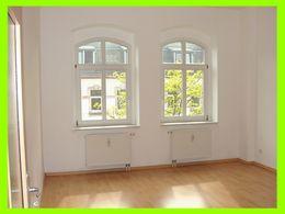 Großes, sonniges Wohnzimmer