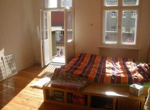 Großes, helles Zimmer in Berlin Mitte zu vermieten von 26 Februar bis 8 März