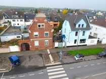 Sanierungsbedürftiges Immobilienarrangement in