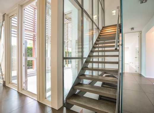 WohnArt vom Feinsten: Elegante Architektenvilla mit funktionaler Ästhetik! Rhein nahe 1st Classlage!