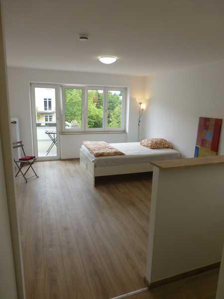 1 room furnished apartment close to U-Bahn in Neuhausen (München)