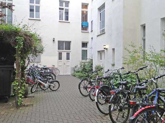 Single Apartment in Berlin Prenzlauer Berg - Bild 12