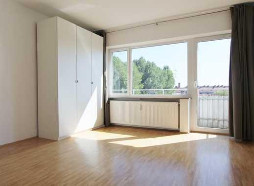 IW   3 Min. Tram 18/19   Helle 2-Zimmer-Wohnung   Südbalkon   Perfekt aufgeteilt!