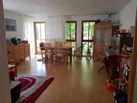 Gepflegte 2-Zimmer-Erdgeschosswohnung mit Terrasse und Einbauküche in Schwabach in Schwabach-Innenstadt