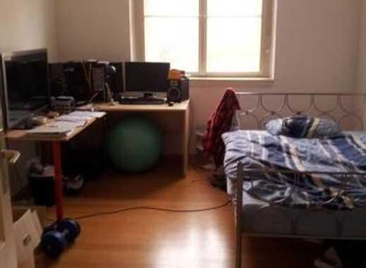 22qm in heller, großer Wohnung
