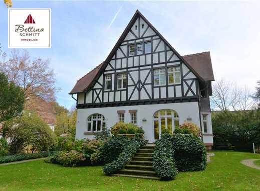 Alt-Buchschlag  Hochkarätige, denkmalgeschützte Villa mit Traumgarten