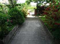 gepflegte 3-Zi-Etagenwohnung und Gartenanteil
